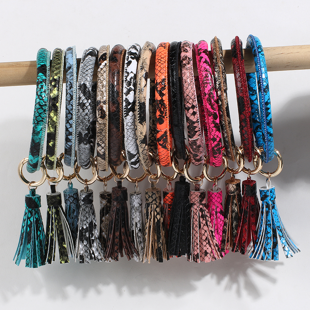 Bracelet Keychain Bangle Keychain Leather Venture Keyring Keychains For Ladies Cute Wristlet Keychain Designer Gifts For Women