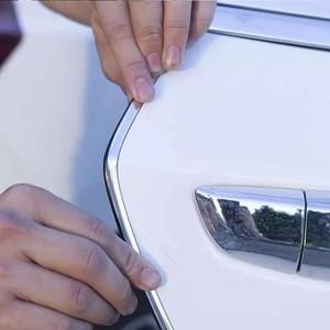Image 2 - VERKAUF 10M Auto Tür Rand Guards Streifen U Form Carbon Fiber Dichtung Seite Türen Formteile Scratch Protector Auto zubehör Dropshipping