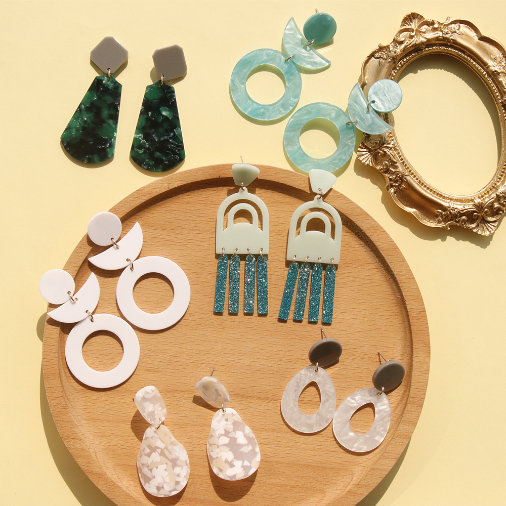 AOMU New Style 2020 Korea Geometric Irregular Smooth Pattern Acrylic Big Drop Earrings For Women Jewelry Girls Birthday Gifts