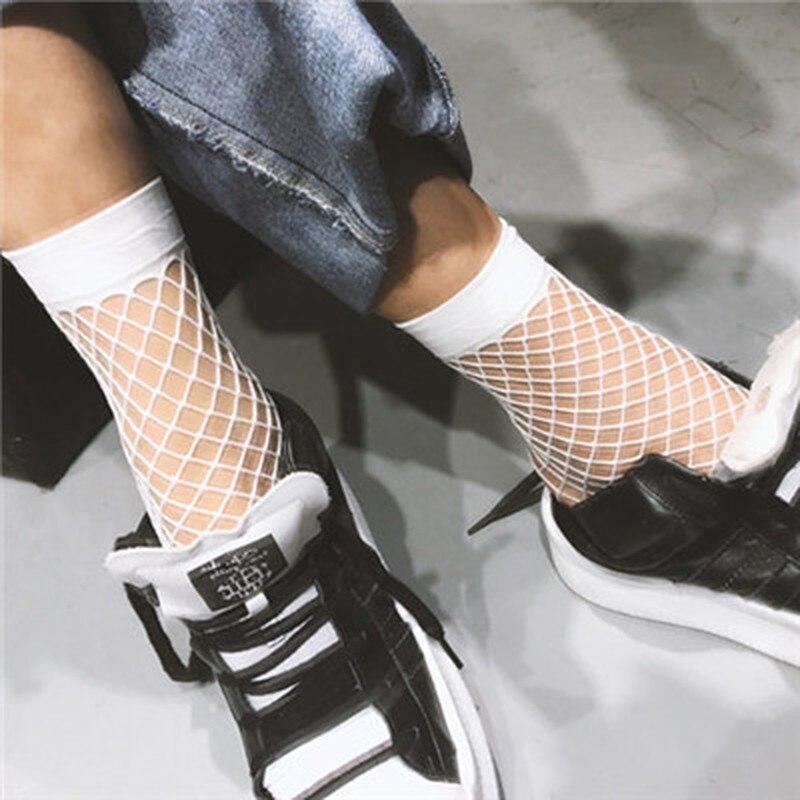 Novo branco oco meias mulheres plissado fishnet tornozelo meias de alta malha rendas net peixe curto meias quentes