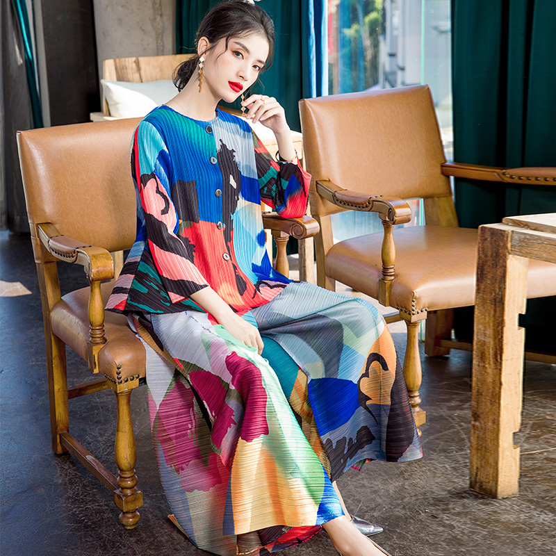 Plus Size Pant Suits 2020 Women's Fashion Printed Elastic Loose Miyake Pleated O Neck 3/4 Sleeves Top + Wide Leg Pants 2 PCS Set