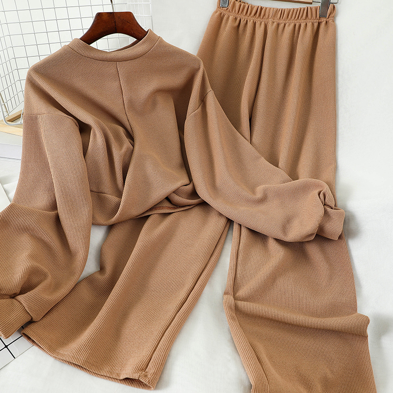New Spring And Autumn Loose Short Knitwear Top + High Waist Wide Leg Pants Two Piece Set Women Casual Knitting Trousers Set