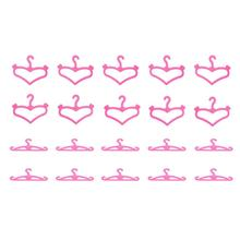 Hot! Fashion 20 Pcs/lot Pink Hangers Dress Clothes Accessories Pretend Play Girls' Gift Vintage Hard Plastic Hanger New Sale(China)