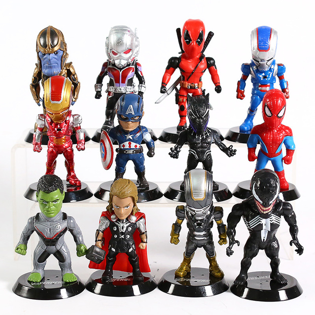 Set of 12 Avengers Collectible Figures  3