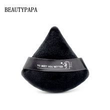 Beautypapa 2pcs (שחור ולבן) משולש קטיפה אבקה פחזנית קוסמטי מיני איפור ספוג איפור כלים