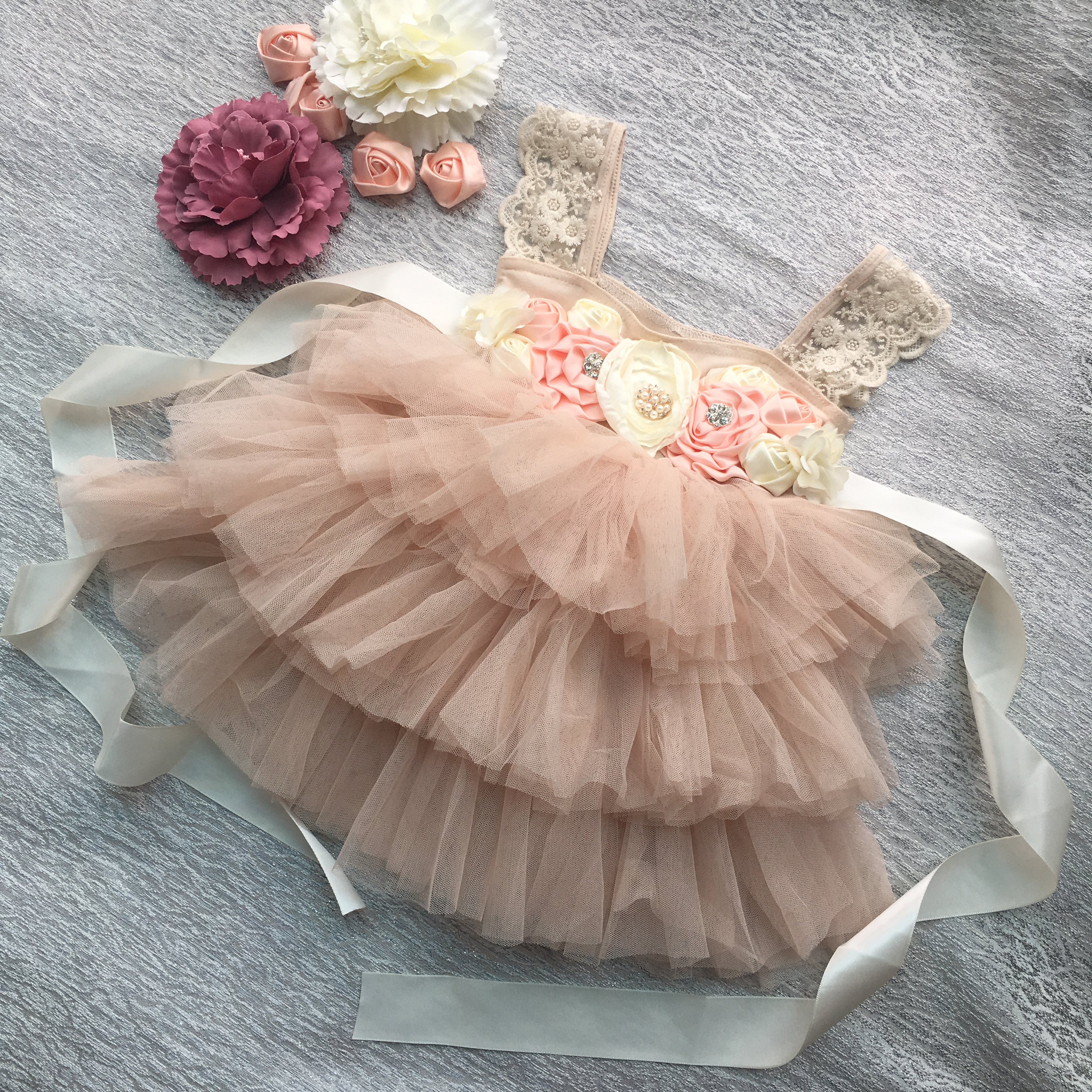 Retail Gorgeous Rhinestone Sashes Girl Evening Dress Baby Girl Lace Sling Princess Tutu Dress Kids Formal Costume 2