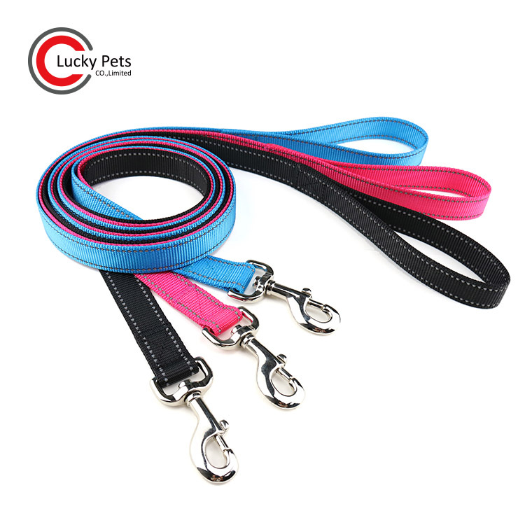 Hot Sales General-Solid Color Reflective Dog Hand Holding Rope Nylon Pet Traction Rope Knot Shi Nai Bite