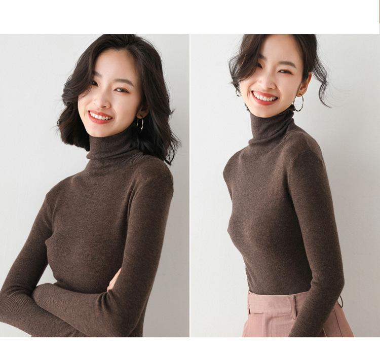 Женский трикотажный свитер с высоким воротником однотонный мягкий