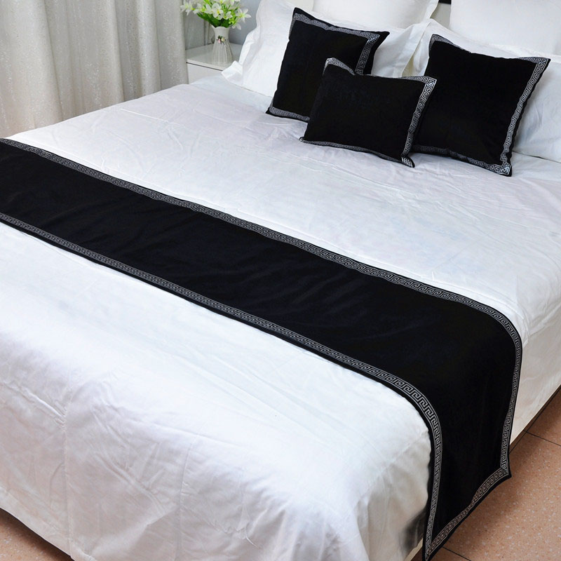 High-grade Velvet New Chinese Style Bed Runner Solid Black Red Bed Spread Cover Home Hotel Decoration Pillow Cases