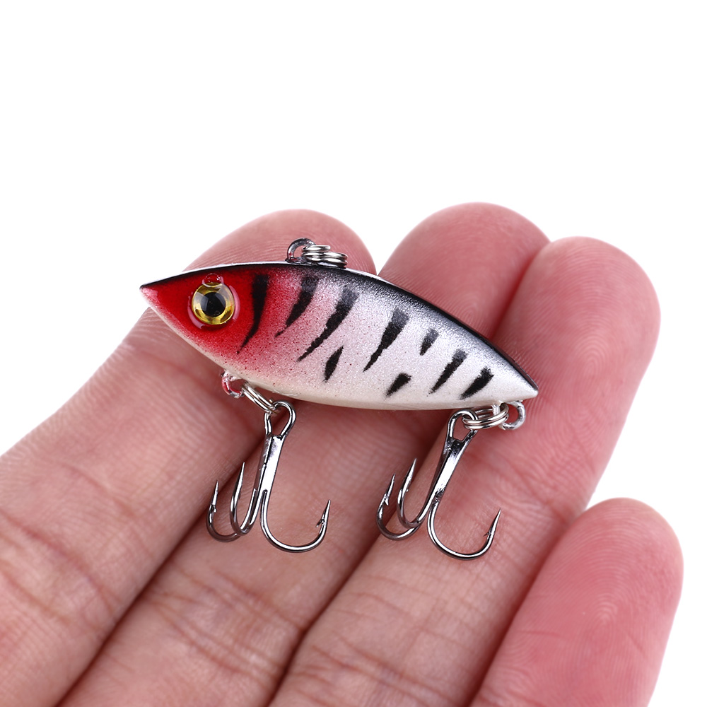 HENGJIA 1PC 4CM 2.7G 3D Eyes 8 Colors Hard VIB Lures Fishing Bait Treble Hooks Sinking Fishing Lure