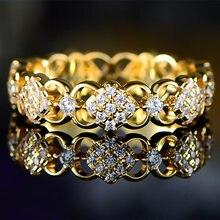 Huitan nova chegada delicado anel de casamento feminino zircônia cúbica brilhante design extravagante venda quente senhora casamento cerimônia anéis jóias