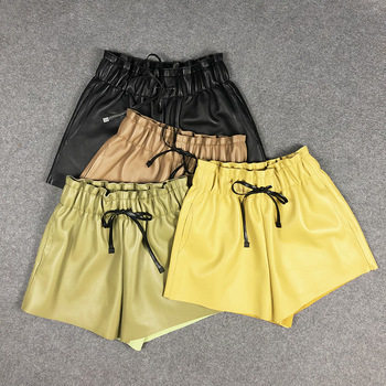 2020 Spring women's genuine leather wide-leg pants hot fashion real leather elastic waist short pants B397