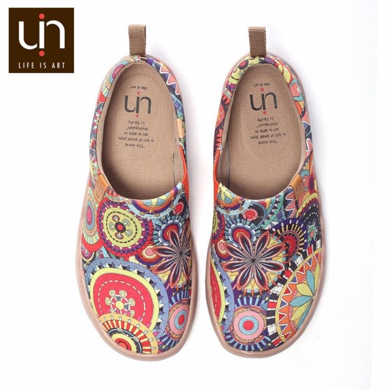 Mocassins de toile peints par Art coloré de conception de fleur d'uin pour des femmes chaussures de confort de pieds larges