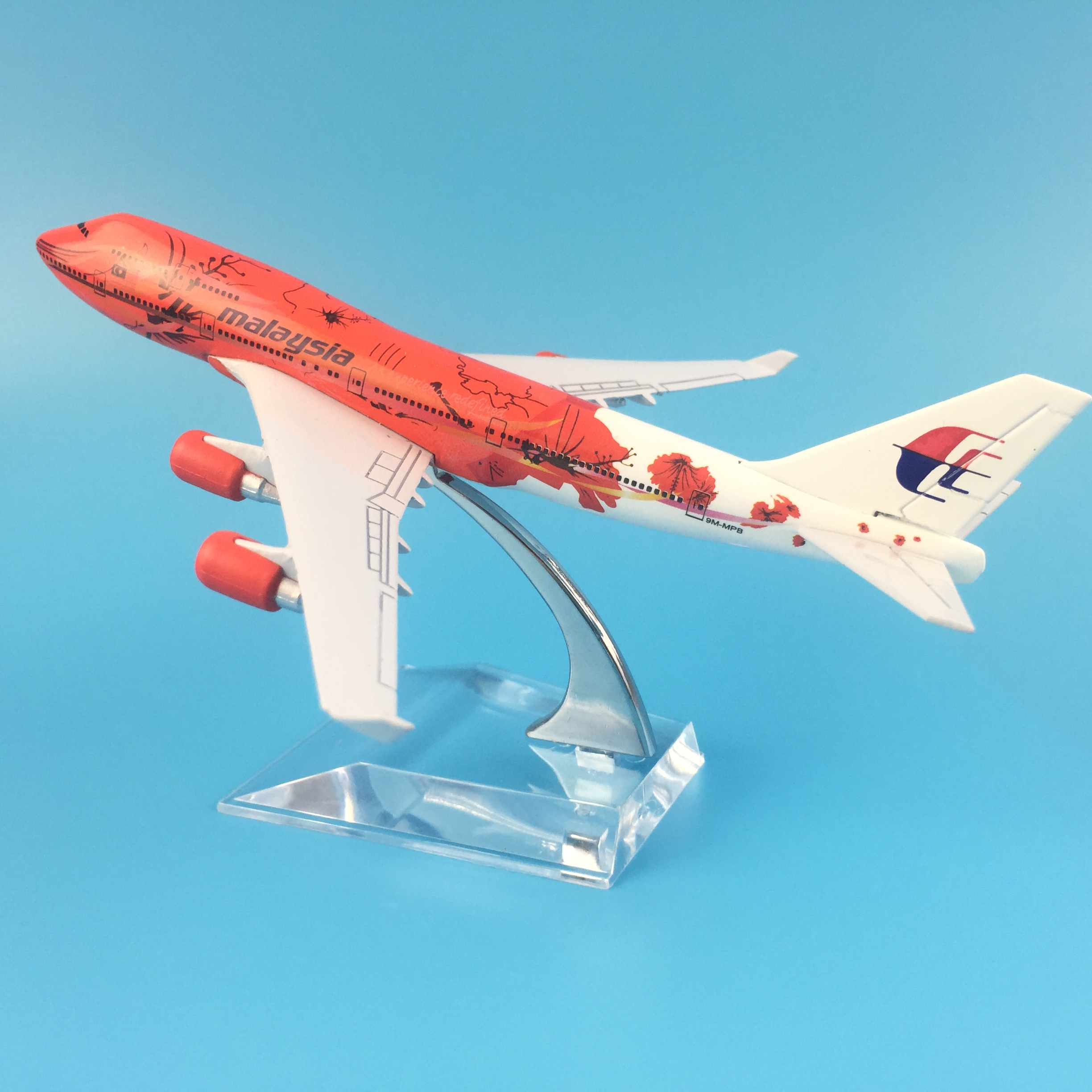 16CM AIRASIA 747 RED MALAYSIA METAL ALLOY MODEL PLANE AIRCRAFT MODEL TOY AIRPLANE BIRTHDAY GIFT image