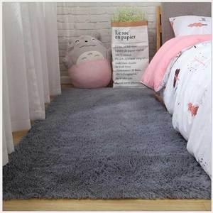 Shaggy Silkly Carpet Solid Color Fluffy Plush Area Rug Living Room Decor Sofa Foot Mat Bedroom Bedside Carpet Modern Area Rugs