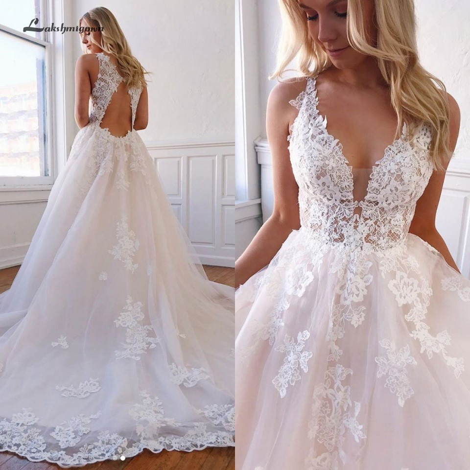 Vintage Wedding Dress Lace Bodice 2020 Sexy Bridal Dress Cut Out Back Appliqued Princess Tulle Wedding Gowns Court Train