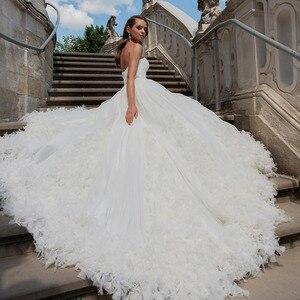 Image 2 - クリスタルウエストプリーツ花王女のウェディングドレスプラスサイズ vestido デ casamento 恋人ネック背中ホワイトブライダルドレス