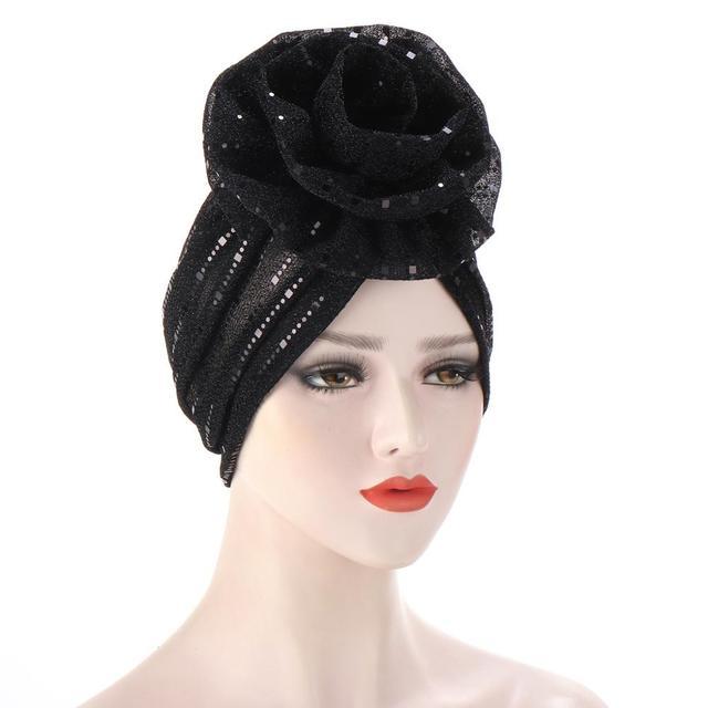Фото шапка бини женская с блестками модный яркий цветочный головной