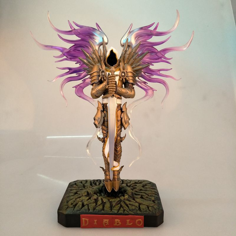 Action Figure Archangel Tyrael 3 Hand To Do Classic Famous Game Character 28cm PVC Cartoon Doll Collectible Model Anime