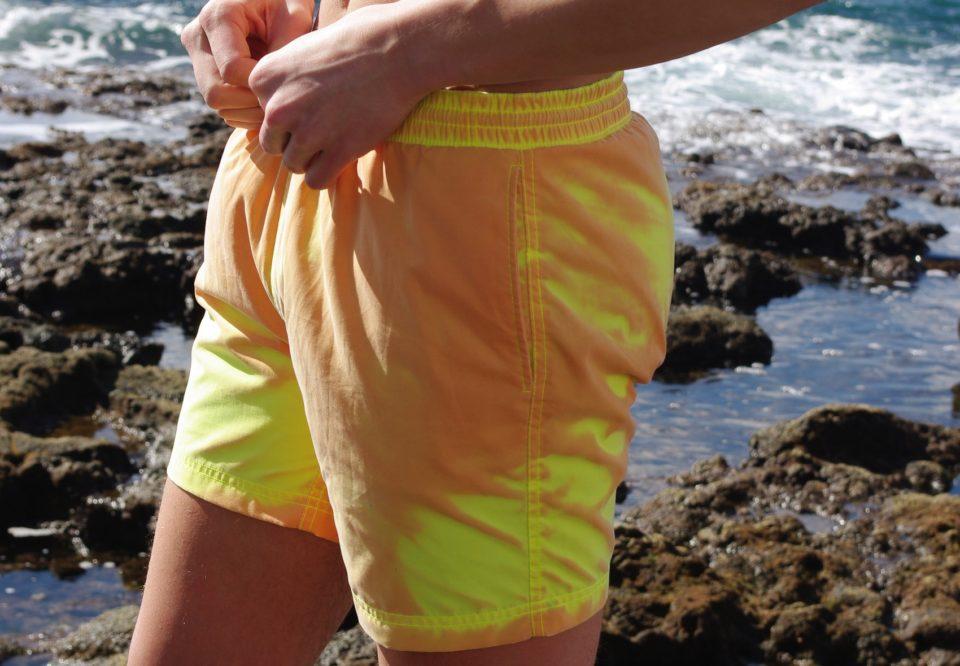 世界上第一个颜色变化的游泳裤-02-960x666