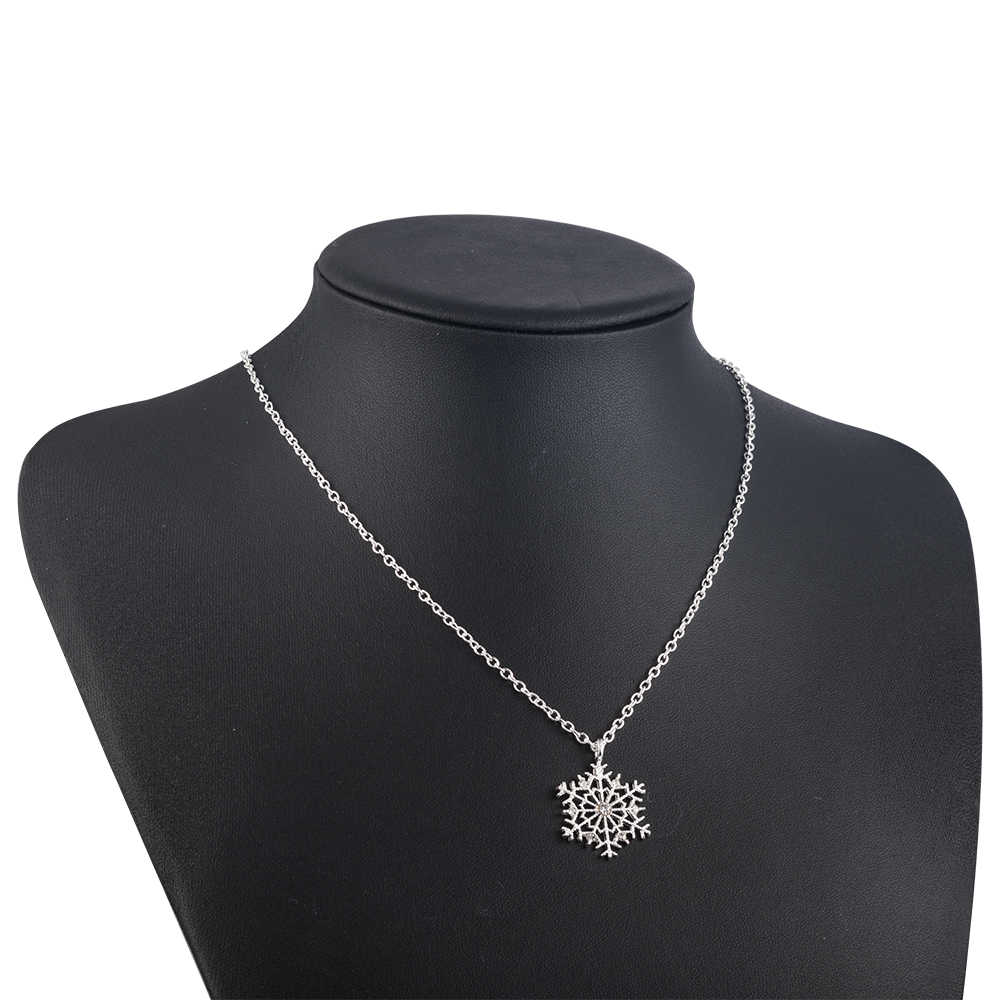 Nouvelle mode breloques dame cristal flocon de neige Zircon fleur argent colliers de noël et pendentifs bijoux pour femmes chandail collier