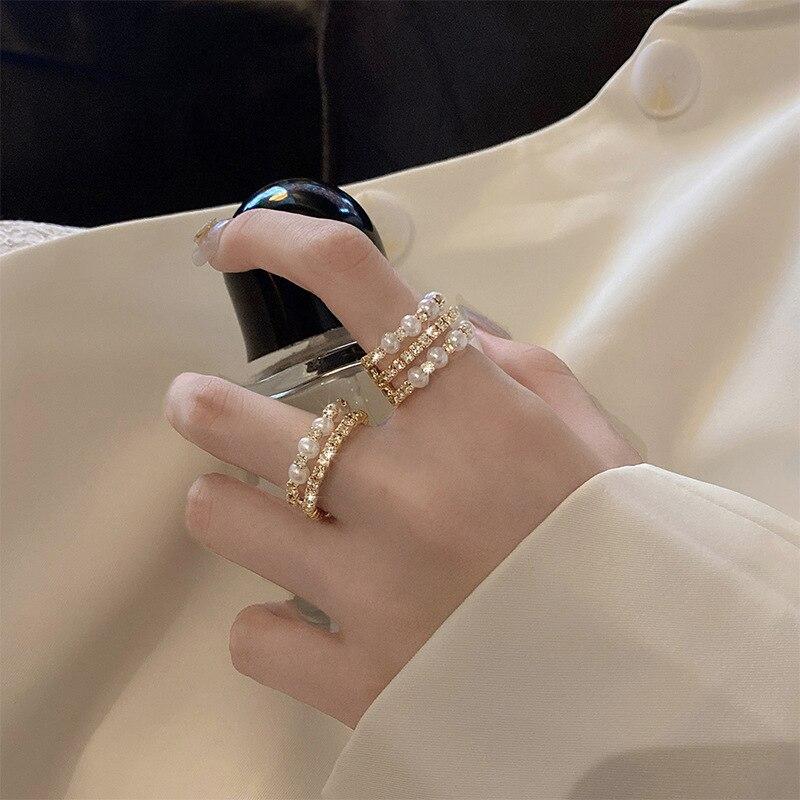 Simples e elegante jóias com três-linha pérola ajustável geométrico índice dedo anel comum para o presente de aniversário da menina whloesale