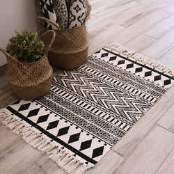 INS Ethnic Style Woven Linen Cotton Rectangle Rug Mat For Living Room Handmad Small Carpet Bedroom Bedside Foot Pad Washable