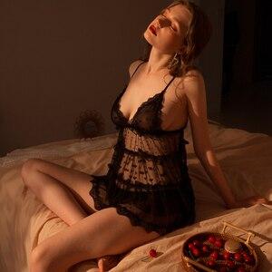 Image 3 - Conjunto de pijama de punto con cordón de malla de gasa para mujer, Camisón con cuello de pico, bragas con lazo trasero, conjunto de ropa de casa, lencería Sexy