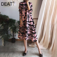 DEAT 2021 Pleated Dress Women Seven Sleeve Elegant Striped Banquet Vintage New Autumn Fashion High End Fold Clothing AR544