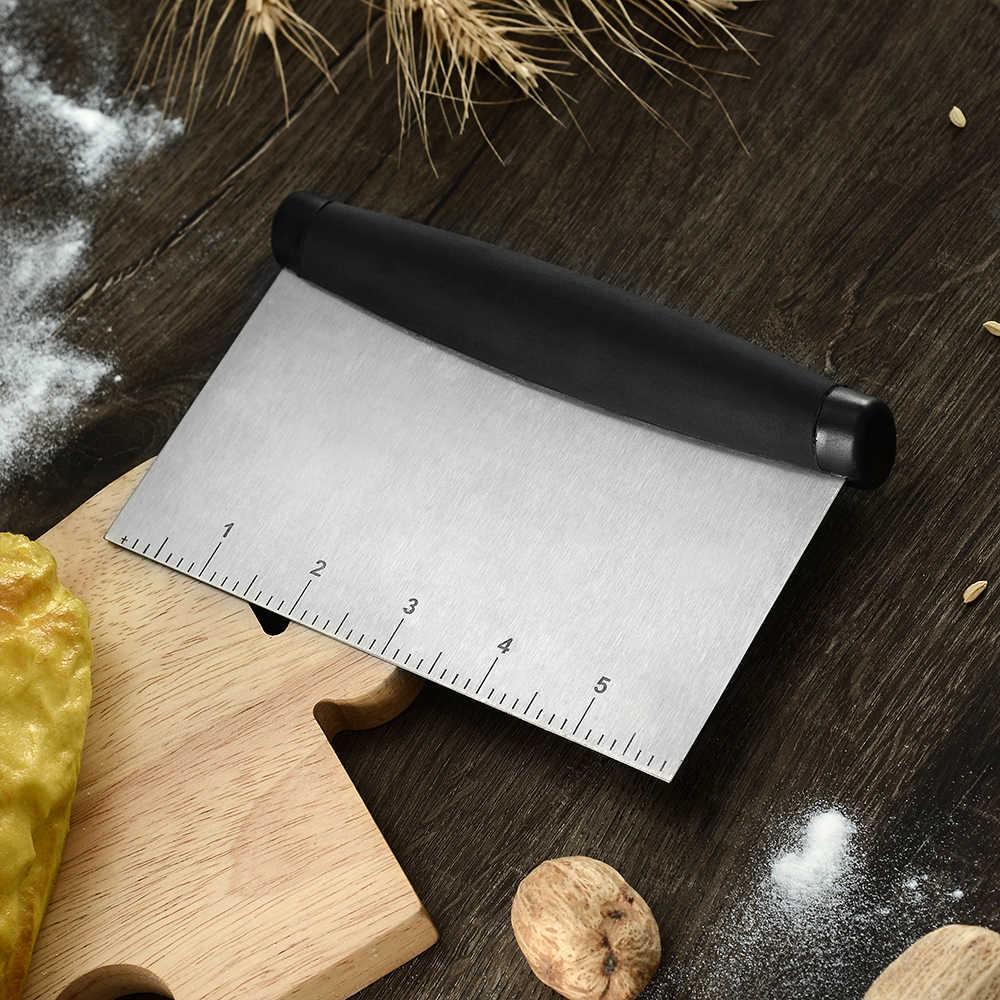 Xyj fácil de cortar harina raspado herramienta para hornear de acero inoxidable herramienta de cocina de diseño con cuchillo de corte a escala horneado de pastel de cocina