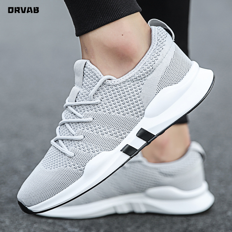 Summer Brand Fashion Men Casual Shoes Light Breathable Mesh Shoes Men Sneakers Lace Up Gray White Black Red Male Shoes 2020 New