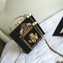 цена Louis Brand Metal Tote Bag Baroque Angel Women Small Handbags Luxury PU Leather Shoulder Bag Ladies Vintage Chains Messenger Bag онлайн в 2017 году