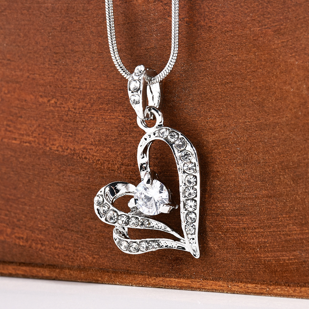 Fashion Charm Women Girl Metal Double Heart Shape Rhinstone Crystal Pendant Chain Necklace Wedding Necklace Gift