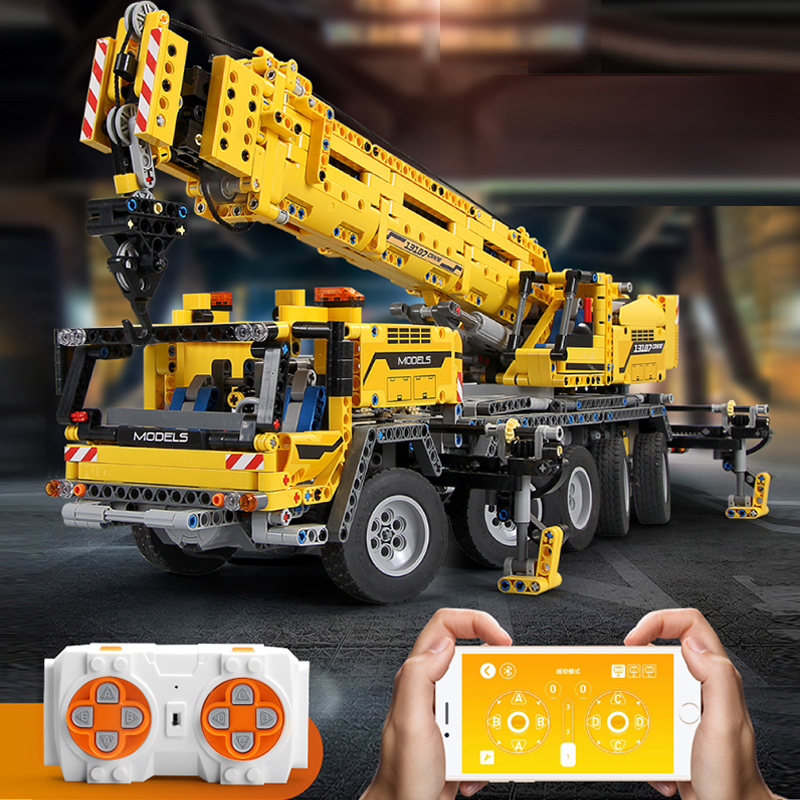 MouldKing 13107 Mobile Crane MK II Compatible Ultimate 42009 Technic Building Blocks Bricks Educational Toy Child Christams Gift 2