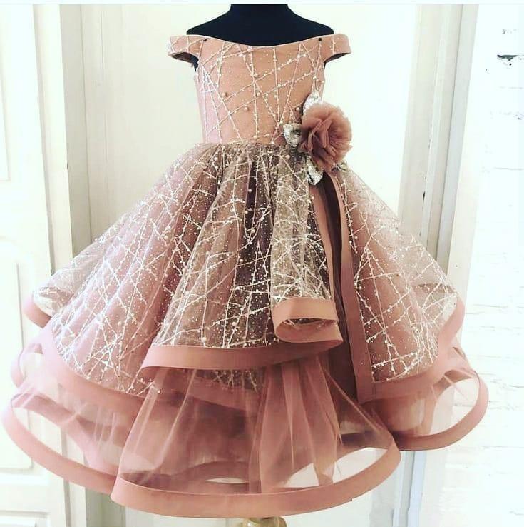 Blush Pink 2020 Flower Girl Dresses Ball Gown Little Girl Wedding Dresses Vintage Off Shoulder Communion Pageant Dresses