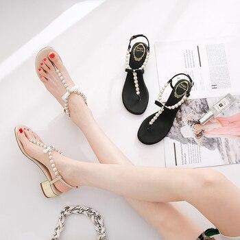 Sandały damskie 2020 w nowym stylu lato Split Toe Pearl Chunky Heel Online Celebrity wszechstronny Flip-flop pół-wysoki obcas wróżka