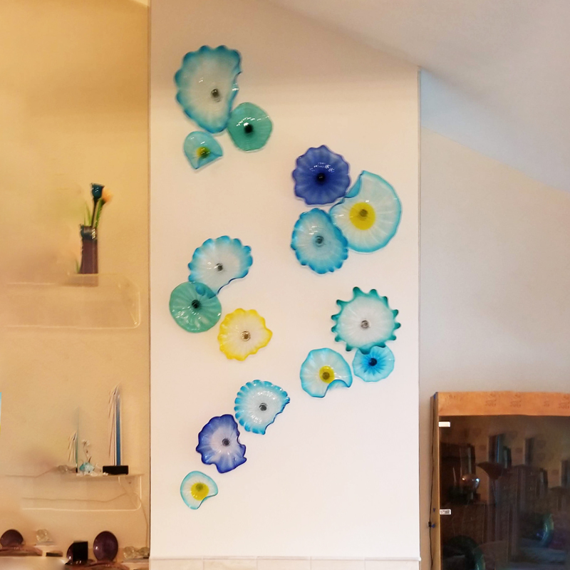 Nordic Ocean Hues Murano Flower Plates Wall Art Blue Art Decor 100% Hand Blown Glass Hanging Plates Wall Art with Scallop Edge