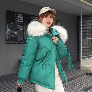 Image 2 - Plusขนาดหลวมลงผ้าฝ้ายแจ็คเก็ตผู้หญิงฤดูหนาวหนาParkaสั้นMujer Big Fur Hoodedหญิงเสื้อ