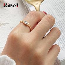 Женское прямоугольное кольцо из серебра 925 пробы с фианитом