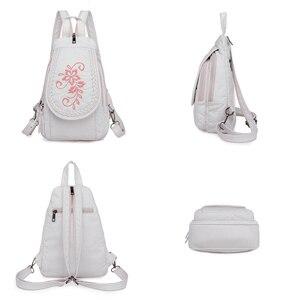 Image 5 - 新しい女性バックパックファッション刺繍花女性の胸バッグソフト洗浄革トラベルバックパックbagpack mochila feminina