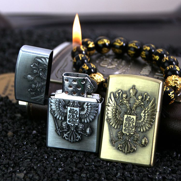 Russian Double-headed Eagle National Emblem Gas Lighter Inflatable Cigarette Metal Windproof Smoking Grinding Wheel Lighter