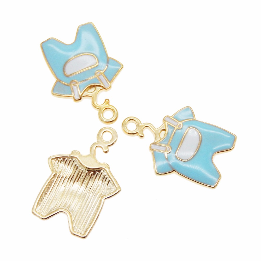 22*15mm Cute Dog Shaped Charms Pendant Vintage Bronze Alloy Crafts Jewelry 20pcs