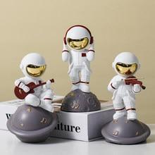 astronauta Figurine kawaii desk office accessories for women's room Desk accessory bedroom garden astronaut desk Home Decoration