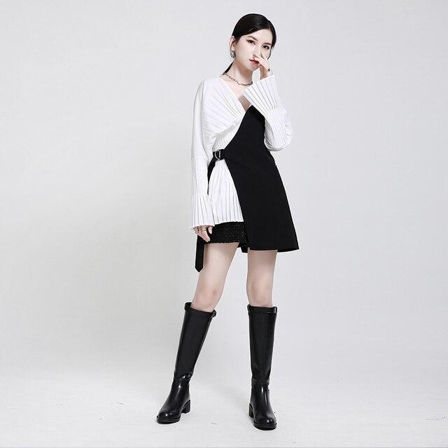 [EAM] Women Loose Fit Black Irrgular Bandage Stitch Vest New V-collar Sleeveless   Fashion Tide Spring Autumn 2021 1DA977 2