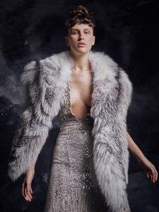 Image 1 - Роскошный меховой палантин, платье для выпускного вечера, ТРАПЕЦИЕВИДНОЕ длинное вечернее платье с глубоким V образным вырезом без рукавов, бусинами и блестками, вечерние платья, 2020
