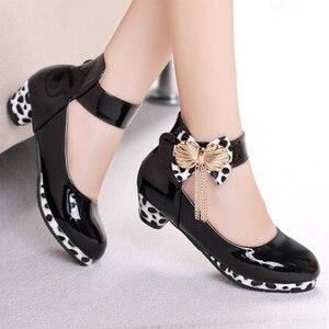 Image 1 - Trẻ Em Mới Công Chúa Chân Cao Cấp Cho Bé Gái Giày Da Thời Trang Hoang Dã Màu Tím Bướm Giày Trẻ Em Đảng Cưới Giày Khiêu Vũ
