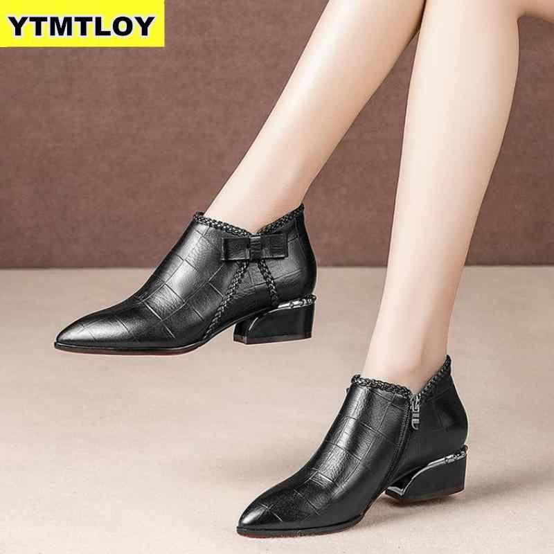 Artı boyutu 42 yarım çizmeler kadın platformu Lace Up toka ayakkabı kalın topuk kısa çizme bayanlar Casual ayakkabı Botas Mujer yüksek çizme