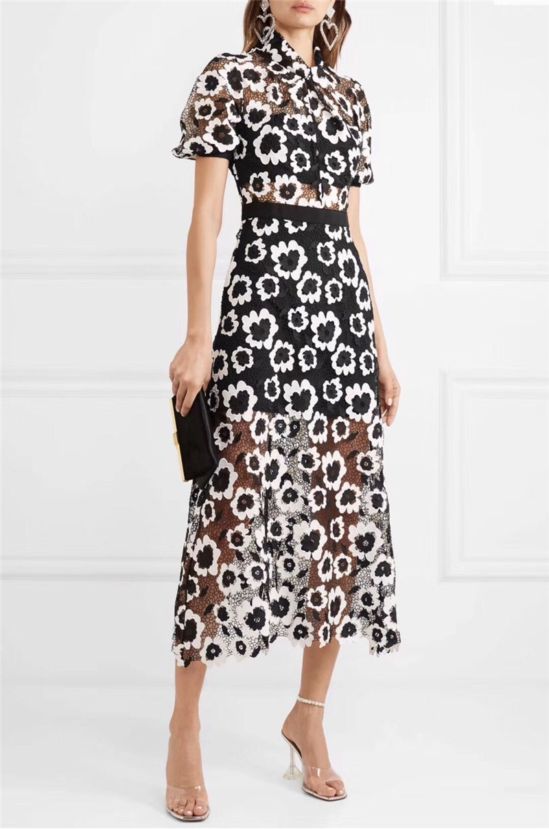 2019 Herfst nieuwe aankomst zwart wit borduren lace midi jurk elegante mode vrouwen jurk hoge kwaliteit-in Jurken van Dames Kleding op  Groep 1