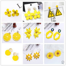 Brincos de cor amarela femininos, brincos doces e criativos de casamento, design coreano, geométrico, de coração, para mulheres, 2020