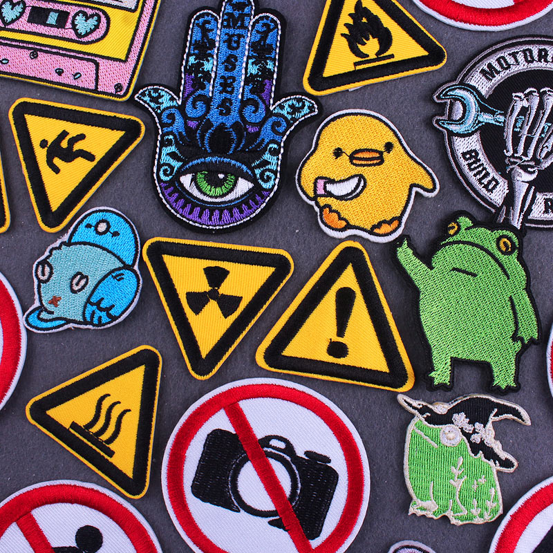 Cartoon Animal Patch Hippie Iron On Patches On Clothes thermoadhesive Embroidered Patches For Clothing Camera Stripes On Clothes